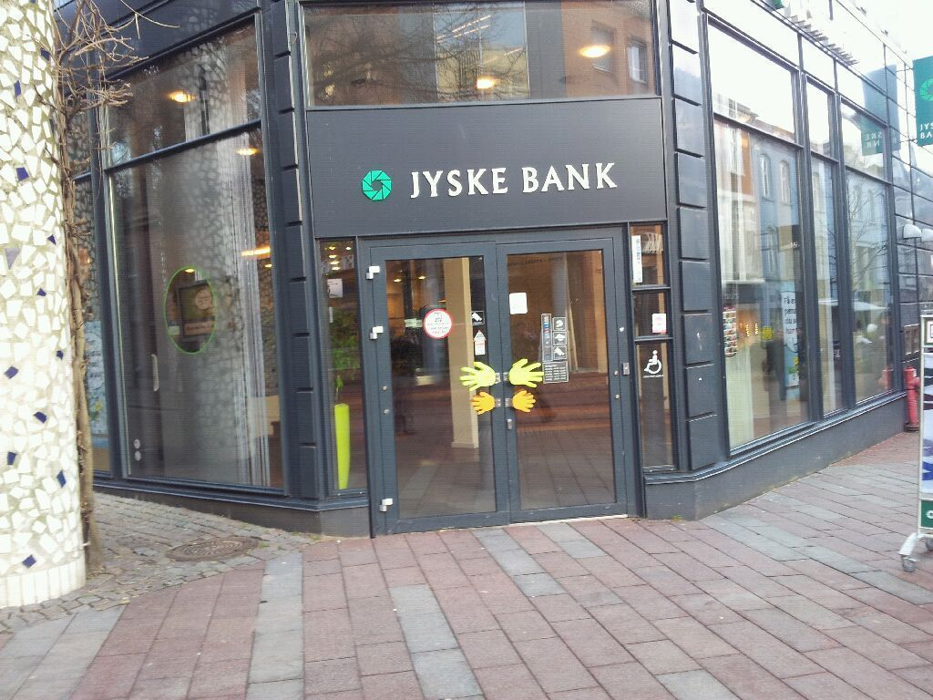 jyske bank Swift, iban, bic code for jyske bank a s in eur currency wire transfers to france.