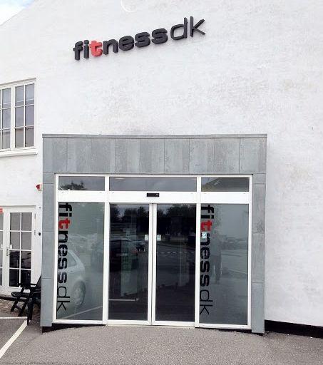 Pæn fitnessdk Køge - Den hvide by - åbningstider, adresse, telefonnummer BX34